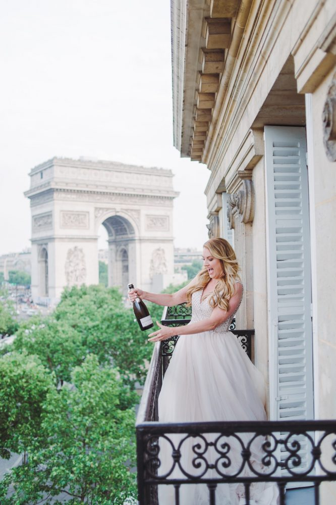 elopement in Paris katerina meyvial wedding planner