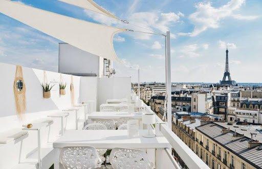 https://www.hotelmarignanelyseesparis.com/fr/page/hotel-luxe-paris-champs-elysees-evenements.2407.html