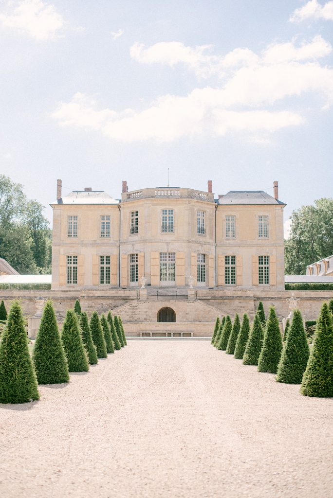 wedding venue in france chateau de villette