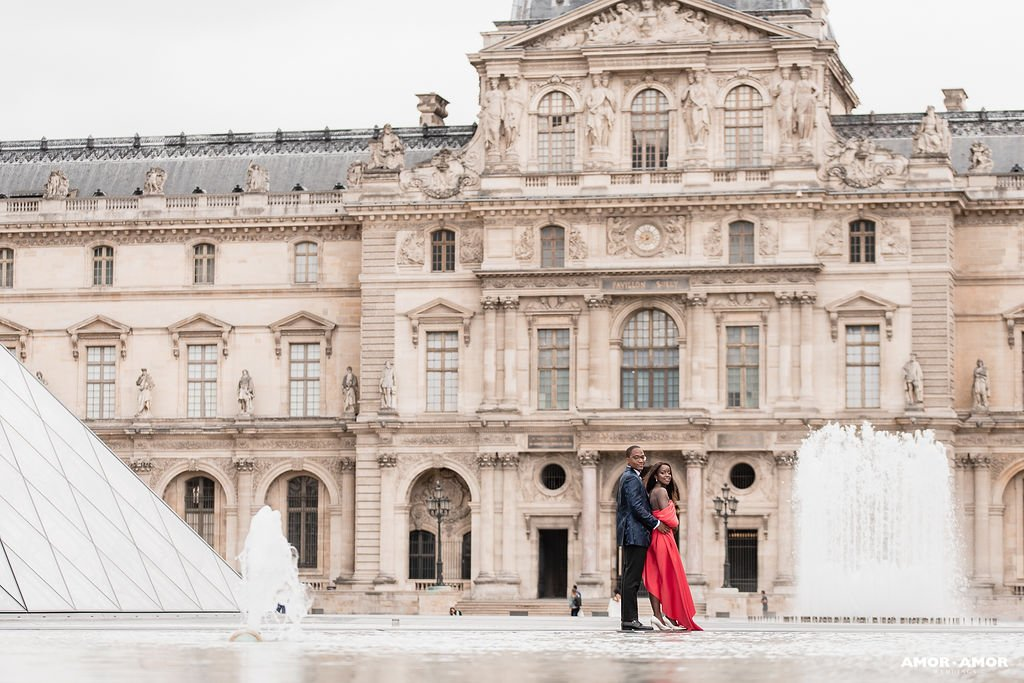 pre-wedding photo shoot in a red dress Paris