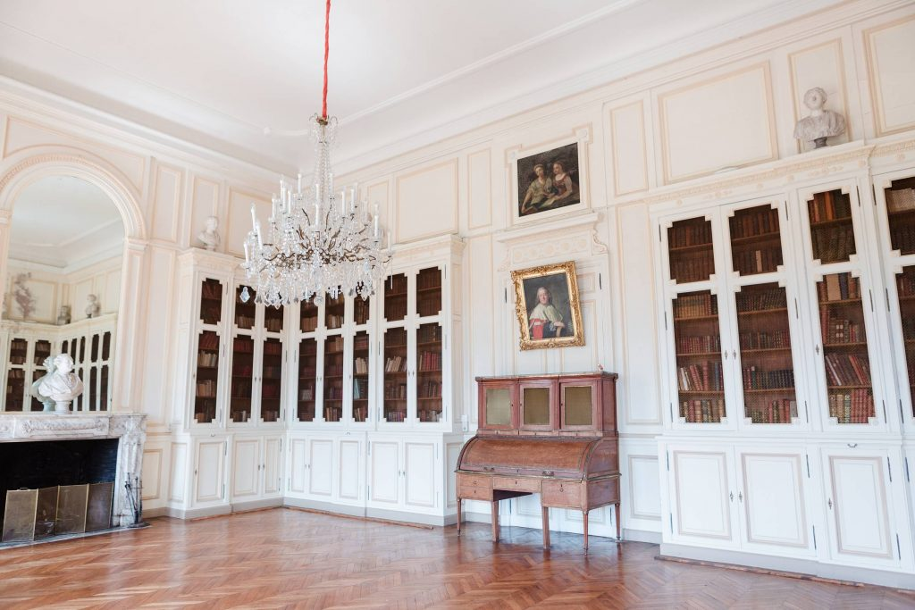 chateau de baronville inside