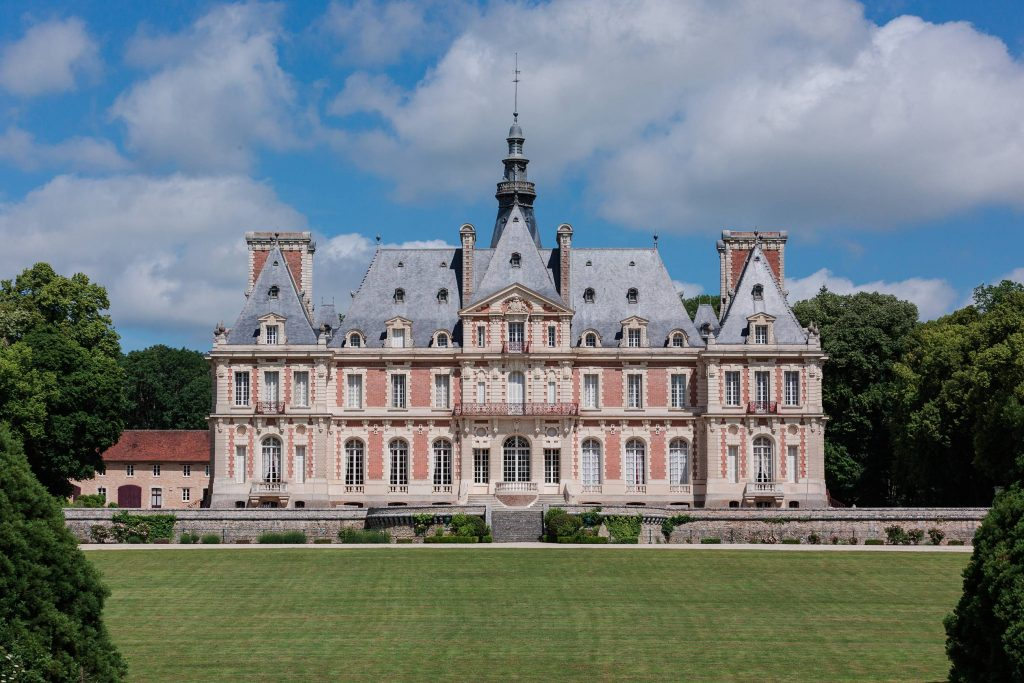 chateau de baronville paris france wedding